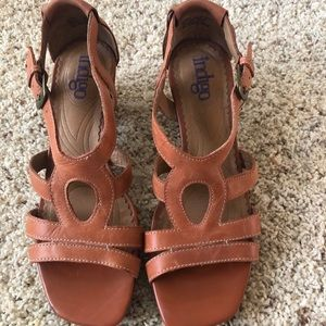Indigo by Clark's rust sandals